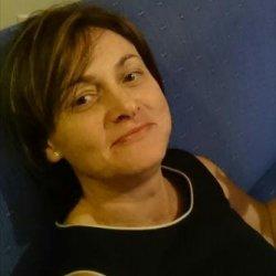 Soy Noelia de 45 años , busco compañia