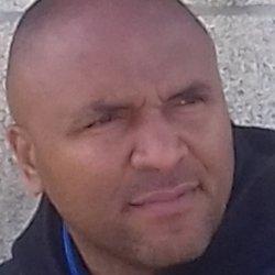 Busco una chica que le gusten los morenos yo latino venezolano