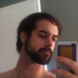 Busco conocer mujeres para charlas eróticas, juegos
