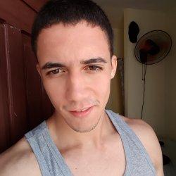 Hola soy chico busca chica para tener encuentros de solo sexo sin compromisos