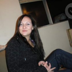 mujer busco contactos con hombres en fresno de la vega españa para tomarnos una copa