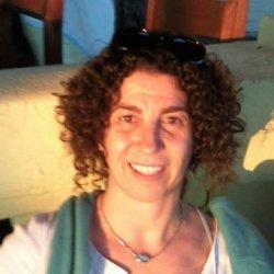 Soy Cristina una mujer con muchas ganas de disfrutar en esta vida tan corta.
