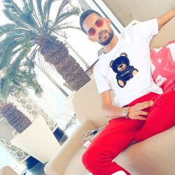 Hy m, younes 25 ans a tanger moroco