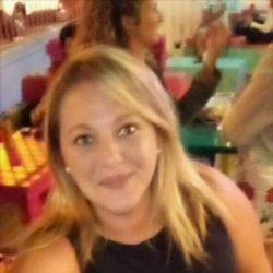 mujeres de corvera de asturias buscan contactos con chicos para tomarnos una copa