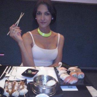 Invitame a una cena y el postre lo pongo yo