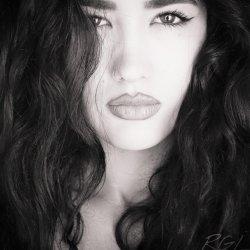 Hola, soy una chica de 18 años en Córdoba
