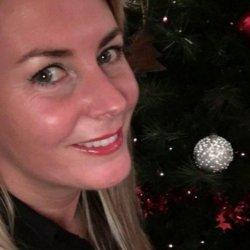 Mujer de 40 años casada busca relaciones esporádicas o lo que surja