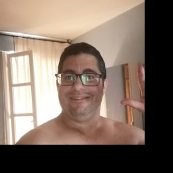 Busco SEXO esporádico  y discreto con mujeres de cualquier edad en navarra