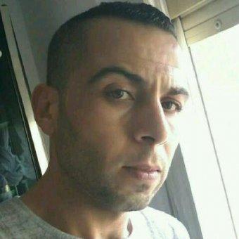Hola soy chico argelino 30 años busco relación c