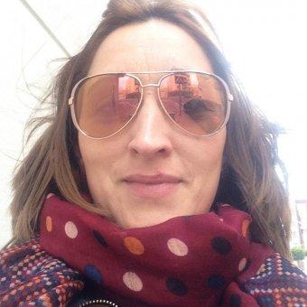 Mujer simpatica y alegre de 36 años .Delgada pelo
