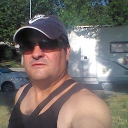 Hola guapa yo tengo 49 vivo en castellbisbal busco