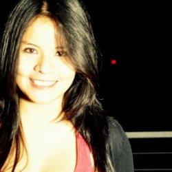 Carmencita: Una chica triste :(
