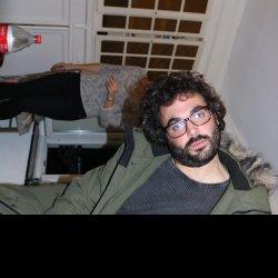 Estoy buscando tener sexo telefónico