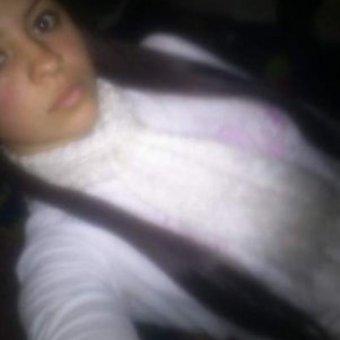 Isabel morena de 19 años