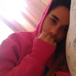 Una chica adolescente que tenga que sea de Cartagena España en Cartagena, Murcia